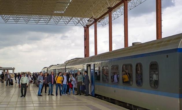 لغو سفر قطار گردشگری به همدان