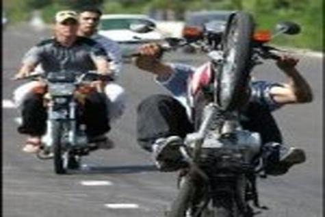 تردد موتور سیکلت از ساعت ۱۲ امروز در محور کرج – چالوس ممنوع است