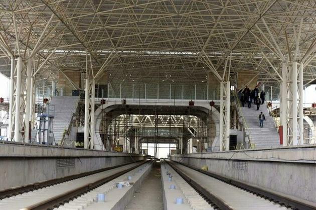 مجوز دولت به مشارکت قرارگاه خاتم برای احداث قطار برقی پردیس