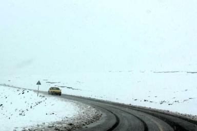 تردد در محورهای کوهستانی استان قزوین با زنجیر چرخ میسر است