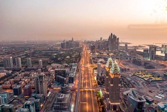 نمایی از حمل و نقل هوایی دوبی در دهه 60 میلادی