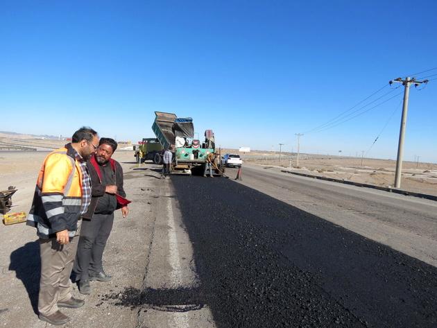 افتتاح  ۱۵۴ کیلومتر از روکش آسفالت جادههای آذربایجانغربی