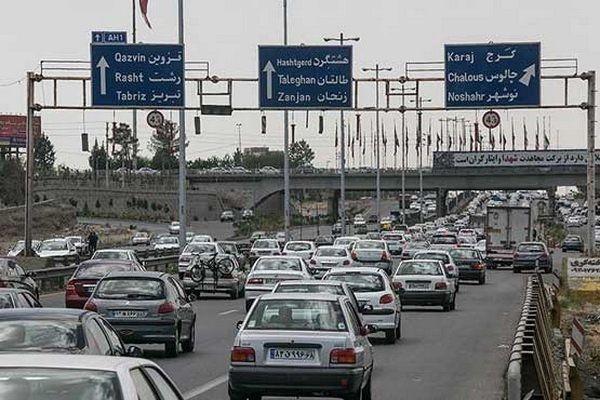 هجوم خودروها به محورهای شمالی/ ترافیک سنگین در هراز و چالوس