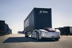 ساخت کامیون های خودران برای جابه جایی کانتینر