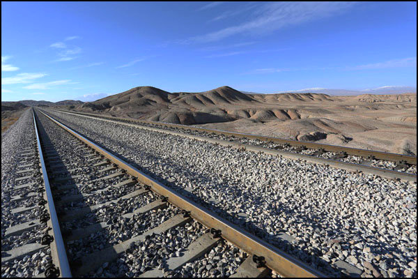 اتمام اتصال انبارهای تولید فولاد خراسان به خطوط ریلی