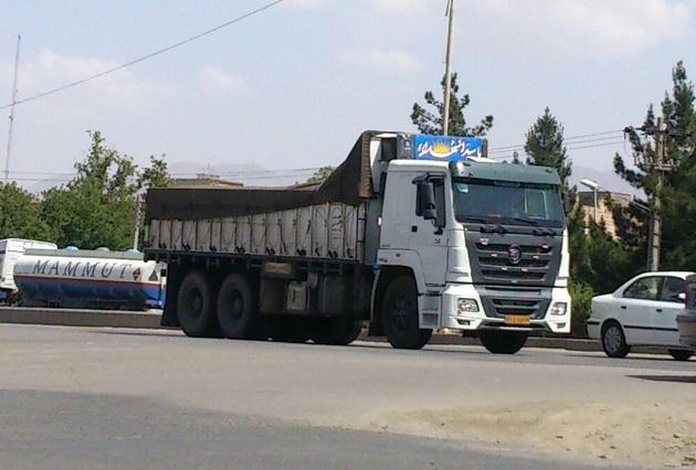 بسیاری از کامیون داران در کرمان به محل کار خود بازگشته اند