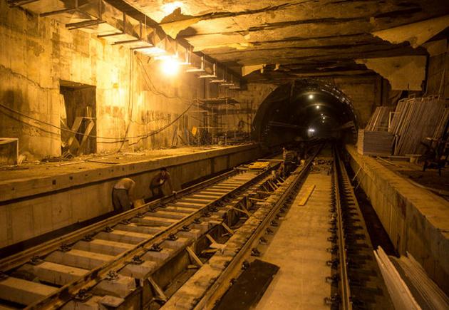 خلعید پیمانکار، سرانجامِ پروژه به بنرسیده مترو اهواز
