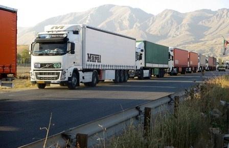دولت گازوییل کامیونهای ایرانی در مرز بازرگان را گران کرد