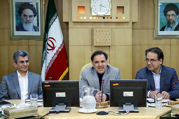 تأکید آخوندی در بازگشت معماری به هویت ایرانی