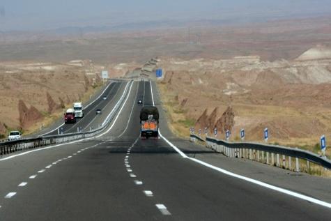 ۱۷ نقطه حادثه خیز در زنجان شناسایی شده است