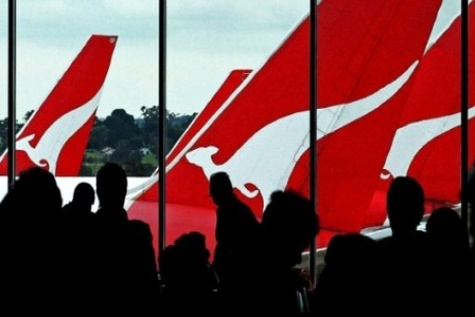 Perth aircraft refuellers to go on strike on AFL grand final weekend