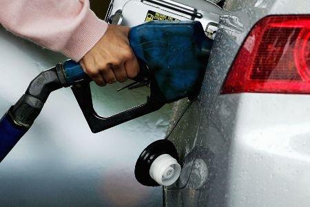 کاهش مصرف بنزین با فشار بر خودروسازان