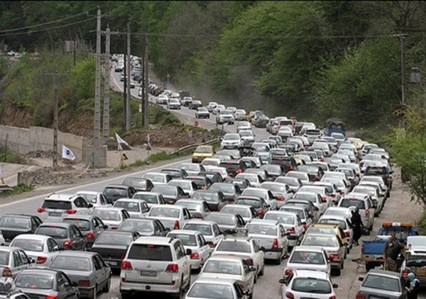 ترافیک محورهای ارتباطی مازندران نیمهسنگین است