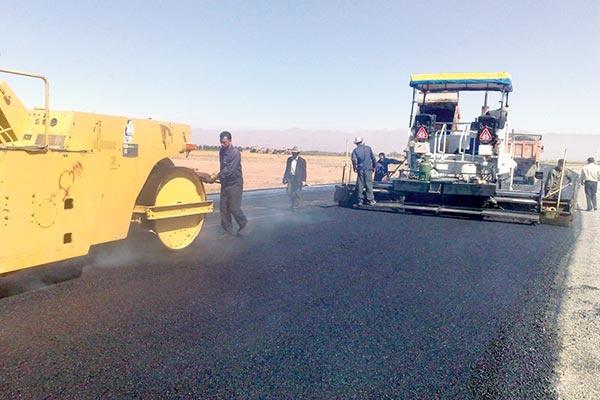 ۱۸۰ کیلومتر روکش آسفالت در اردبیل اجرایی میشود