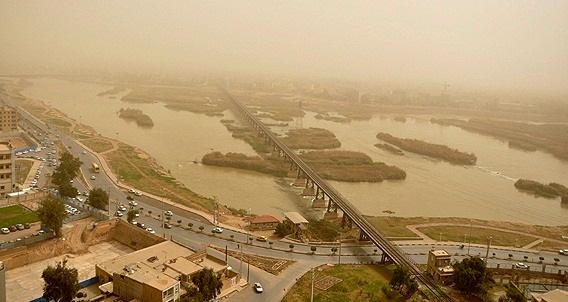 وزش باد شدید همراه با گرد و خاک در شرق کشور