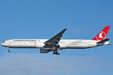 فرود اضطراری یک هواپیمای ترکیش در فرودگاه مهرآباد