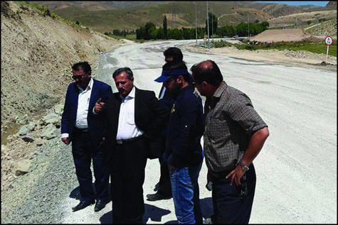 استفاده از توان مالی پیمانکاران در پروژههای راهسازی شهرستان خلخال