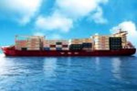 بازگشت ۲۰ لاینر بینالمللی به بنادر ایران تا پایان سال / کاهش هزینه حمل و زمان ورود کالا