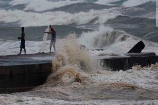 طوفان «منگهوت» پروازهای چین را لغو کرد