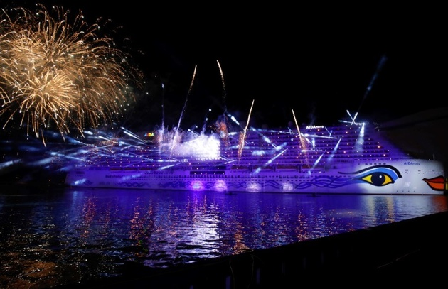 World's 1st LNG-Fueled Ship Christened