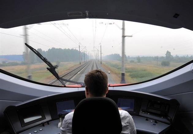 سرنوشت قطار سریع السیر تهران-اصفهان به کجا می رسد؟