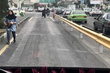اعتراض رانندهها نسبت به وضعیت آسفالت خط ویژه بیآرتی