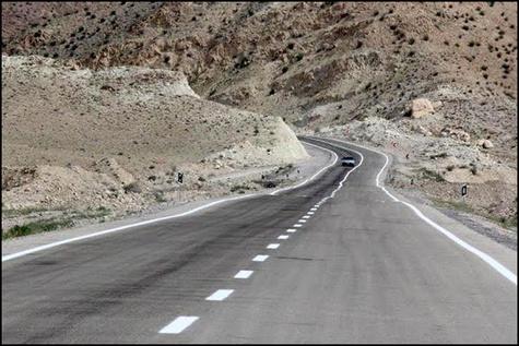 مناقصه لکه گیری راههای حوزه استحفاظی شهرستان ایلام-سیروان
