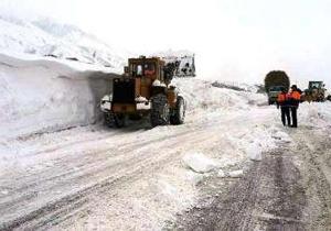بارش برف و باران در جادههای ١٢استان/ ترافیک روان در اکثر محورها