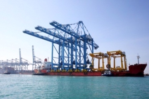 Abu Dhabi Terminals(ADT) Welcomes ۳ New STS Quay Cranes at Khalifa Port