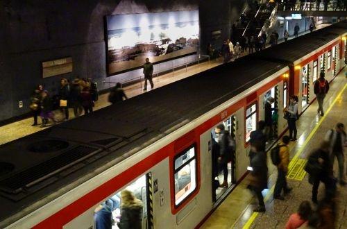 Santiago plans two new metro lines