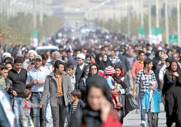 نتایج یک نظرسنجی: نیمی از تهرانیها به کوچ فکر میکنند