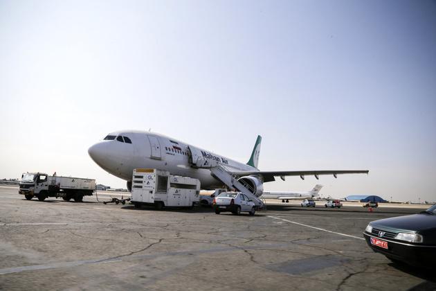 کاهش ۷۷ درصدی اعزام و پذیرش مسافر در فرودگاه مهرآباد