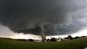 نام  طوفانها چگونه انتخاب میشود و چرا طوفانهای مؤنث مرگبارترند؟