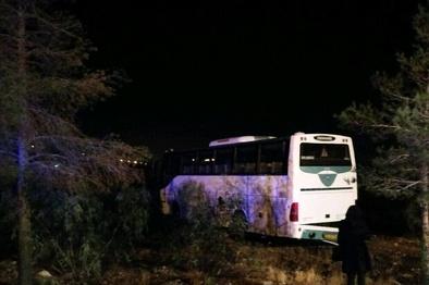 واژگونی اتوبوس در محور سمنان-دامغان
