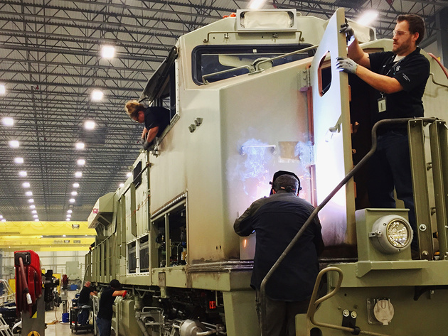 CN orders 60 locomotives