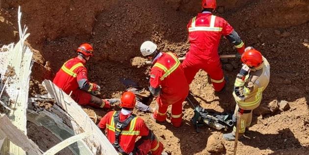 ریزش آوار در یک پروژه عمرانی جنوب تهران/ کارگر ۴۷ ساله جان باخت